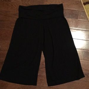 Old Navy Pants - Lounge pants cropped fold over waistband.